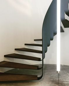 Black Staircase, Staircase Design, Exterior Design, Interior And Exterior, Stair Lighting, Interior Stairs, Stairway To Heaven, Architectural Elements, Amazing Architecture
