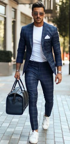 Ideas For Casual Wear Chinos Pants For Men 17 Blazer Outfits Men, Mens Fashion Blazer, Suit Fashion, Fashion Clothes, Womens Fashion, Beige Suits For Men, Mens Suits, Blue Suits, Suit Men