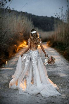 A desert bride needs to sparkle and our A-line wedding dress made of embroidered lace in shades of blush ivory and sequins will certainly shimmer perfectly. Wedding Dress Trends, Fall Wedding Dresses, Bridal Dresses, Wedding Gowns, Outdoor Wedding Dress, Wedding Ideas, Lace Wedding, Boho Wedding Dress Bohemian, Affordable Wedding Dresses
