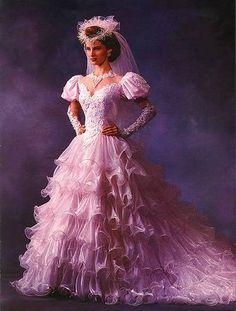 Rosa Hochzeitskleid - New Ideas Simple Wedding Gowns, Modest Wedding Gowns, Wedding Gowns With Sleeves, Pink Wedding Dresses, Beautiful Wedding Gowns, Bridal Gowns, Wedding White, Trendy Wedding, Wedding Attire For Women
