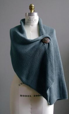simple shawl...THIS I have to make... and I adore the colour.