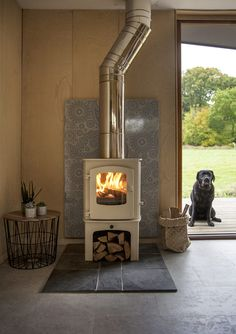 Wonderful wood-burning stoves – The English Home – Wood Burning Stove Wood Burning Stoves Uk, Wood Stoves, Cozy Living, Living Room Modern, Gas Fire Stove, Open Plan Kitchen Dining Living, English House, Cool House Designs, White Wood