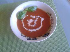 Zuppa Di Pomodoro ( Tomatencremesoep Met Veel Verse Groenten recept | Smulweb.nl