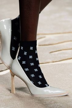 Fendi Fall 2019 Ready-to-Wear Fashion Show Details: See detail photos for Fendi Fall 2019 Ready-to-Wear collection. Look 63 Fendi, Manolo Blahnik Heels, Vogue, Fashion Heels, Hot Shoes, Suede Pumps, Luxury Shoes, Shoe Brands, Designer Shoes