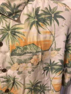 Tommy Bahama Aloha Hawaiian Shirt Tropical Paradise Palm Trees Short Sleeve L #ReynSpooner #Hawaiian