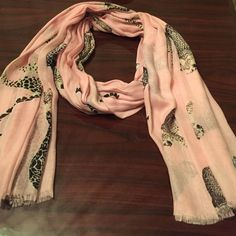 Animal fashion scarf Worn once. From bloomingdales. Aqua Accessories Scarves & Wraps