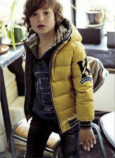 IKKS – kids on the runway Young Boys Fashion, Kids Winter Fashion, Toddler Boy Fashion, Cute Kids Fashion, Little Boy Fashion, Boy Outfits, Winter Outfits, Ikks Kids, Boys Winter Clothes