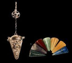 Pendel Pentagram 4,5 cm verzilverd met 7 chakra edelstenen