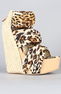 The Saba Shoe in Leopard by Senso Diffusion... So hott!
