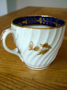 C1790 SPIRAL FLUTED WORCESTER COFFEE CAN CUP GILDED SCOTTISH THISTLE ANTIQUE