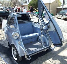 """1958 BMW Isetta - Love this car! Depeche Mode used a similar one in their """"Never Let me down/Behind the wheel"""" video"""