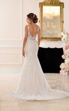 6677 Classic Lace Fit-and-Flare Wedding Dress by Stella York