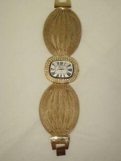 Vintage Geneva Gold Mesh Ladies Wrist Watch Crystals Elegant Need Battery #Geneva