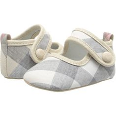 Burberry Kids N Check (Infant/Toddler) these match Bay's dress! Burberry Kids, Burberry Shoes, Zappos Couture, Stylish Kids, Kids Outfits, Kids Fashion, Baby Shoes, Infant Toddler, Shoe Bag