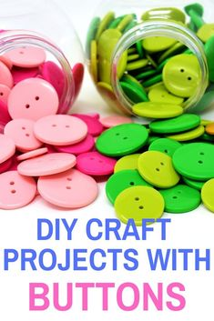 Easy and fun DIY craft projects with buttons! Use your button stash to embellish craft projects, add texture and make projects Craft Projects For Adults, Arts And Crafts For Adults, Easy Craft Projects, Arts And Crafts Projects, 3d Projects, Craft Ideas, Fun Easy Crafts, Creative Arts And Crafts, Fun Diy