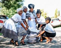 Good morning my loves. Rather than share a wedding, today I'm sharing a Xhosa engagement. This celebration is so lit and you wouldn't believe the time it took to plan the whole thing. I hope this Xhosa engagement will shed … Continued African Print Dress Designs, African Print Fashion, African Fashion Dresses, African Prints, Zulu Wedding, Wedding Blog, Wedding Styles, Wedding Hijab, Wedding Dresses