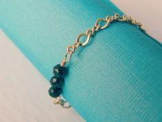 Handmade gemstone chain ring. Green sunstone band ring for sale.   RitaSunderland.com