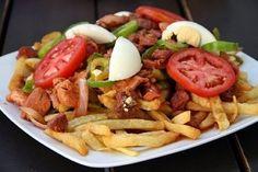Pique a lo macho proud to be from Bolivia :) Love Eat, Love Food, Bolivia Food, Comida Latina, Exotic Food, Latin Food, Saveur, Different Recipes, International Recipes