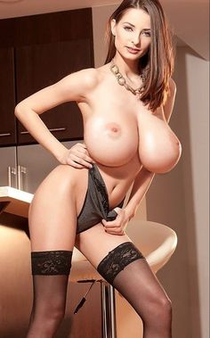 Big Breasted Ladies Bigger Breast Dolly Parton Gorgeous Women Linda Nylons