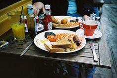 有Soho店及倫敦塔橋店 The Breakfast Club English Breakfast, The Breakfast Club, London Cafe, London Clubs, News Cafe, Grubs, Breakfast Recipes, Dining, Ethnic Recipes