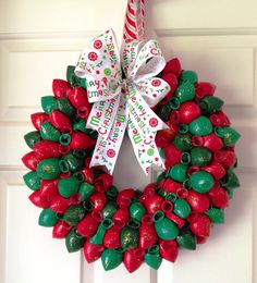 Now that's a really clever variation of a #Christmas Balloon Wreath! It looks like the balloons are just slightly inflated, which creates this beautiful look. #BalloonDecoration