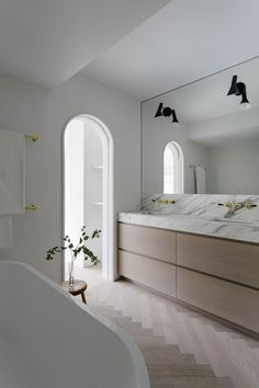 Beautiful timber and marble bathroom vanity. Undermount sinks with the stone bench top also becoming the splashback. A modern, sleek and organic bathroo. Bathroom Interior Design, Home Interior, Modern Interior, Modern Luxury, Interior Ideas, Brownstone Homes, Brooklyn Brownstone, New York Townhouse, Modern Townhouse