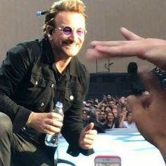 His smile is so gorgeous! From Bonolicious's page in fb