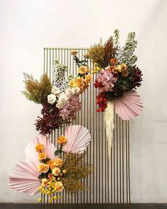 28 Brilliant Floral Wedding Backdrop Ideas That Inspire Wedding decorations Decor Photobooth, Backdrop Decorations, Backdrops, Wedding Decorations, Backdrop Ideas, Floral Wedding, Wedding Flowers, Flower Installation, Backdrop Design
