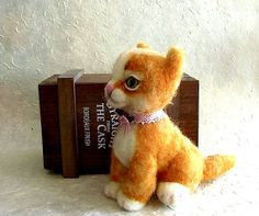 The kitten funny red soft wool a gift for mother by LyukaDesign, €69.00