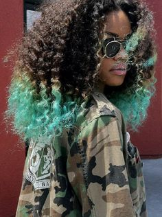 Retro Hairstyles Fashion Kinky Curly Synthetic Lace Front Wigs Black to Green Afro Curly lace front wigs for Black Women - Hair Afro, Dyed Curly Hair, Curly Hair Styles, Natural Hair Styles, Blue Natural Hair, Curly Girl, Hair Cute, Big Hair, Your Hair