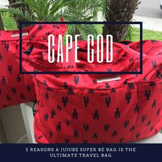 The Ju-Ju-Be Super Be Zippered Tote Diaper Bag is chic, smart, ultra-light and functional with extra pockets for added versatility.