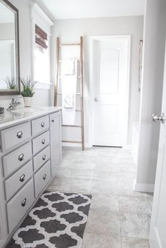 Before & After: A Builder-Grade Bathroom Gets a Rustic Makeover for $375  - HouseBeautiful.com