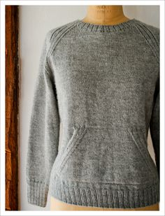 I really only have three words to say about this Sweatshirt Sweater pattern from Laura* at The Purl Bee: Oh. My. God. So classic and cozy, and yet so utterly cool! Look at those great raglans. But …