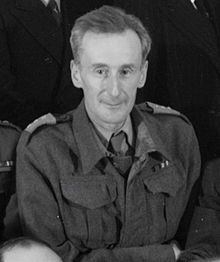 Józef Czapski , in uniform 1943