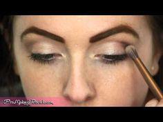 Tutorial - how to blend eyeshadow