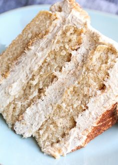 a buttery cinnamon cake layered with cinnamon glaze and cinnamon buttercream.EAT CAKE FOR BREAKFAST!a buttery cinnamon cake layered with cinnamon glaze and cinnamon buttercream.EAT CAKE FOR BREAKFAST! Just Desserts, Dessert Recipes, Recipes Dinner, Layer Cake Recipes, Spice Cake Recipes, 2 Layer Cakes, Cake Filling Recipes, Cake Recipes From Scratch, Breakfast Cake
