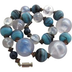 Vintage Costume Jewelry - Great Art Glass & Lucite Chunky Bead Necklace
