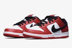 Nike Stranger Things Shoes - Release Dates | SneakerNews.com Nike Sb Dunks, Nike Fashion, Sneakers Fashion, Fashion Shoes, Womens Fashion, Nike Presto, Sneakers Mode, Casual Sneakers, Casual Shoes