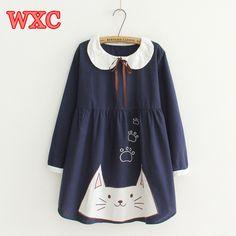06f5d017f4c39 Lolita Femmes Robe Japonais Mori Fille Douce Arc Poupée Col Chat Broderie À Manches  Longues Mignon