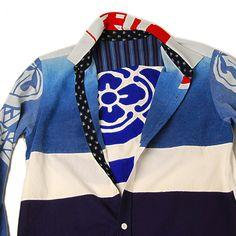 丸に木瓜の家紋、青のグラデーション長袖シャツ