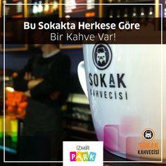 Keyifli bir sohbet, yanında lezzetli bir kahve ister. Sokak Kahvecisi'nin lezzetli kahveleri, sohbetlerinize eşlik etmek için İzmir Park'ta  sizleri bekliyor…