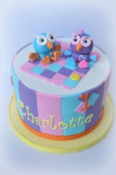 This cake was a 'HOOT'. By: ellawillow Pretty Cakes, Cute Cakes, Gorgeous Cakes, Owl Cakes, Cupcake Cakes, Mom Cake, Biscuits, Cake Smash, Cake Pops