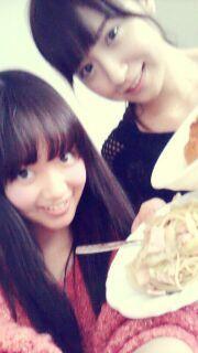 乃木坂46 (nogizaka46) nakamoto himeka and eto misa ~ look like sibling =)