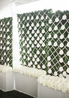 Wedding decorations: Beautiful wedding decorations are going to make your wedding much better. Let us help you make the best pick! Check out our Free guide on wedding decorations, it will help you make a choice fast and easy. Wedding Name, Wedding Bells, Wedding Flowers, Simple Wedding Decorations, Seating Chart Wedding, Planer, Table Numbers, Greek Garden, Card Displays