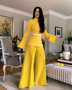 @nekto_42 • Instagram photos and videos Blake Lively, Top Amarillo, Fashion Vestidos, Outfits 2016, Flare Pants, Wide Leg Jeans, Bell Bottoms, Women Wear, Jumpsuit