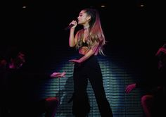 Ariana Grande // T-MOBILE ARENA OPENING CONCERT