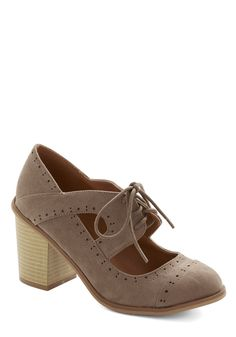 Conventional Winsome Heel in Taupe. Put a pretty twist on traditional style by stepping out in these taupe Oxford-inspired heels! #brown #modcloth