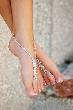 Barefoot Sandals Foot Jewelry SIZE Anklet Toe Ring Thongs Beach Destination Wedding Soleless Crochet from FancyFeetSandals on Etsy. Anklet Jewelry, Anklets, Feet Jewelry, Look Hippie Chic, Pink Summer, Summer Fun, Summer Shoes, Designer Sandals, Female Feet
