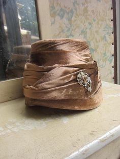 1960s Beehive Hat - Taupe Brown Velour w. Gold & Amber Rhinestone Brooch.