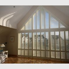 window treatments for triangular windows Bedroom Red, Bedroom Windows, Living Room Windows, House Windows, Master Bedroom, Sunroom Blinds, House Blinds, Curtains With Blinds, Window Curtains